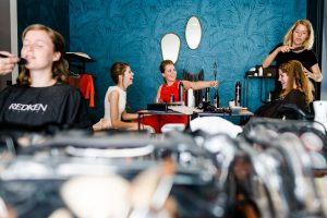 2.) Bruiloft Hanneke & Niek | Hair & Make-up: Salon54 Mariska Krikke | Fotografie Inge Kooiman